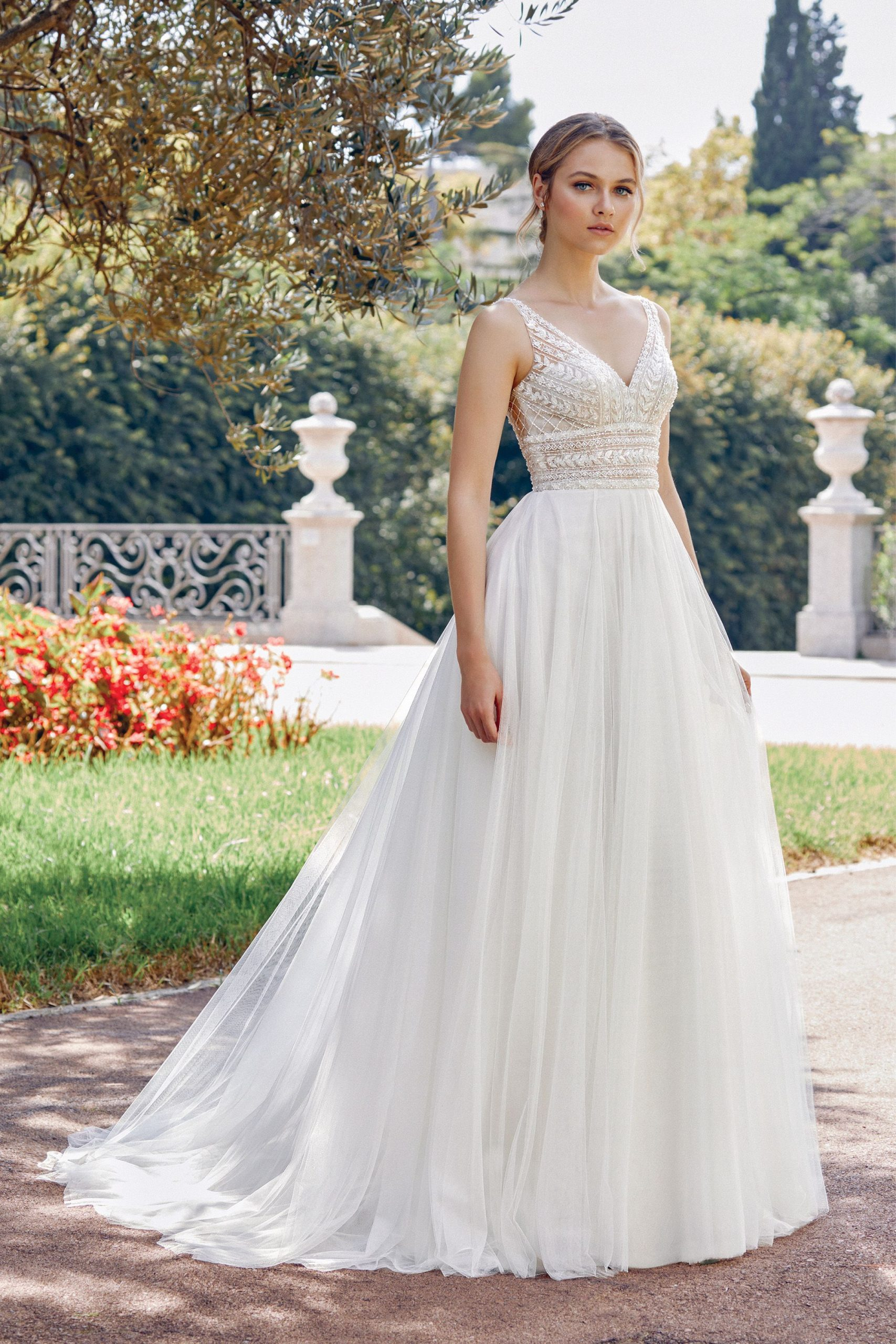 Justin Alexander style 44120